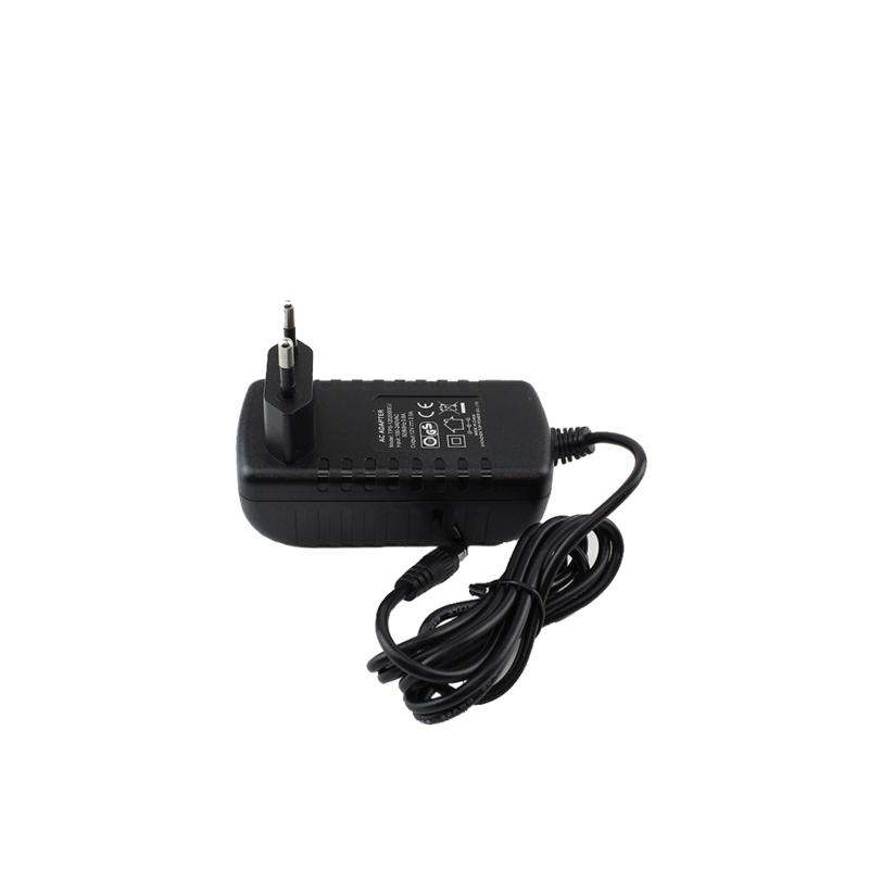 Adapters 12 en 24 volt