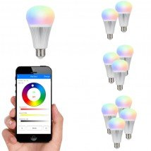 Wifi set met 1 tot 4 RGBW Led lampen 9W E27 fitting